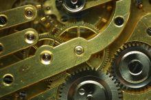 Jaký je nejlepší způsob, jak investovat do zlata a stříbra?